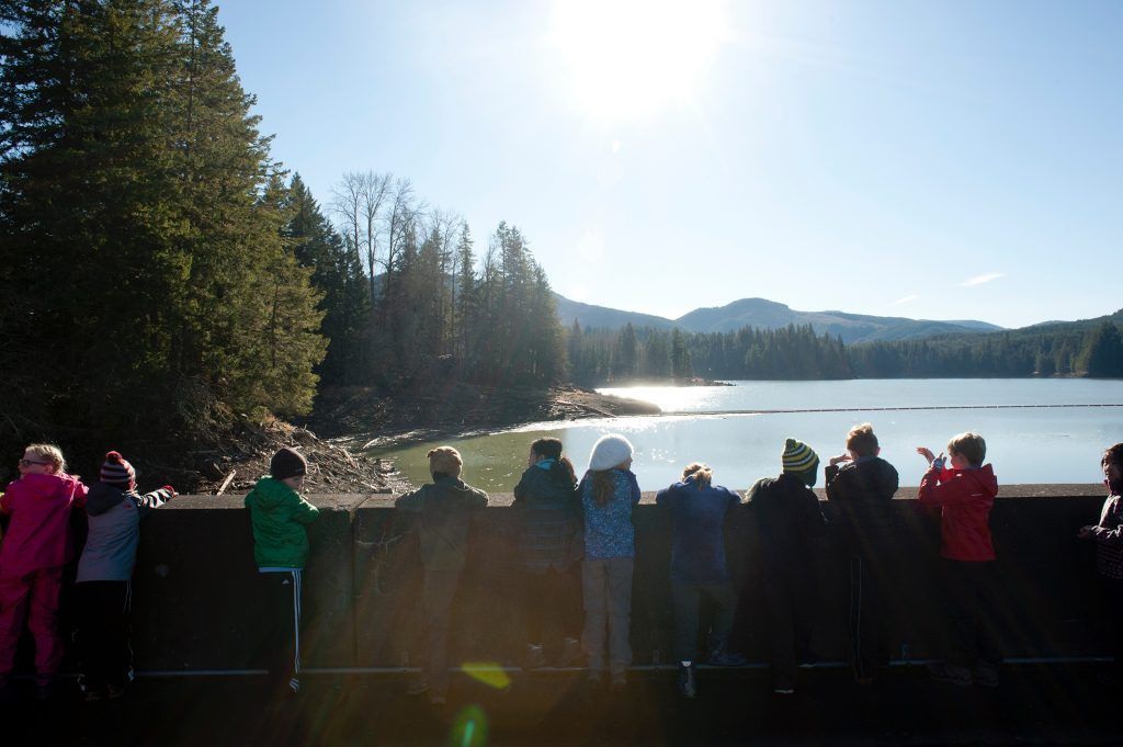 Charles Wright lower school students visiting Alder Dam